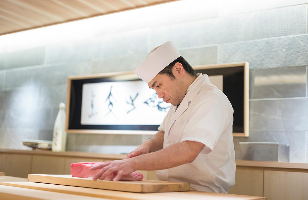 京の台所・錦市場「錦 鮨しん」調理スタッフ