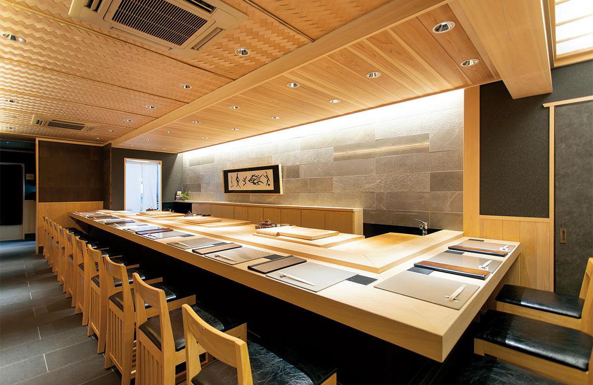 京の台所・錦市場「錦 鮨しん」ホールスタッフ
